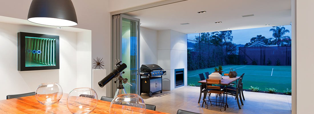 UNINTERRUPTED VIEWS ENHANCE ALL LIFESTYLE AND ENTERTAINMENT NEEDS